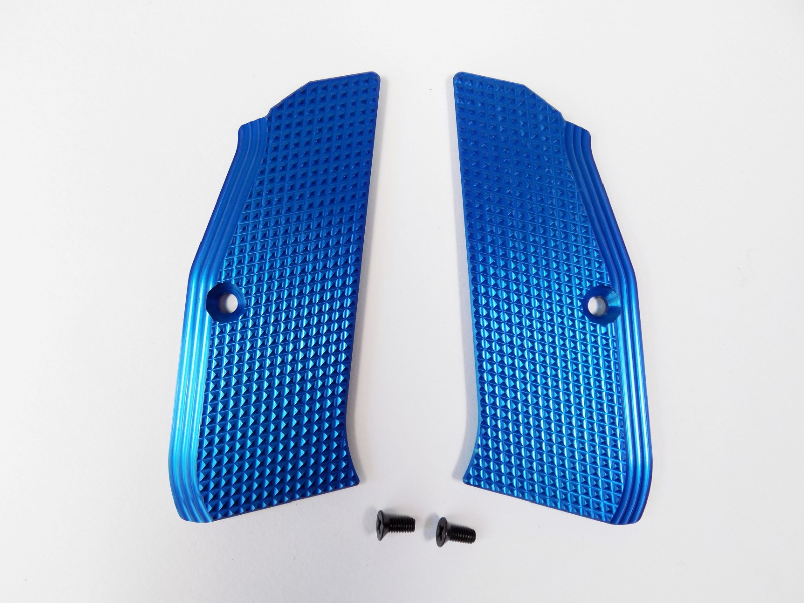 ZENDL® CZ 75 High Quality Grooved Grips - BLUE